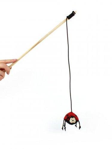 igračka za mačke na palici pikapolonica lottie