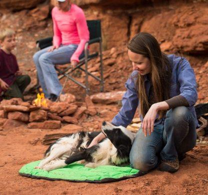 zložljivo pasje ležišče lahko udobno toplo potovanje pohod izlet