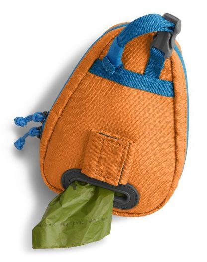torbica za vrečke za kakce drečke zadaj odprtina pritrdi na povodec klipsna