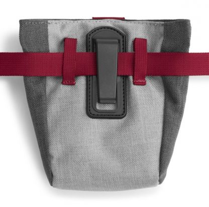 torbica za šolanje velika s pasom in zatičem